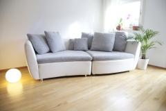 Wohnzimmer mit Designer Sofa